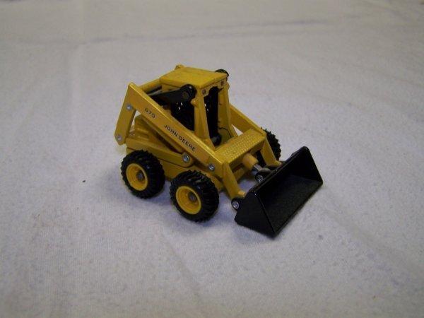 5: John Deere Mini Toy Truck Skid Steer & Skidder - 3