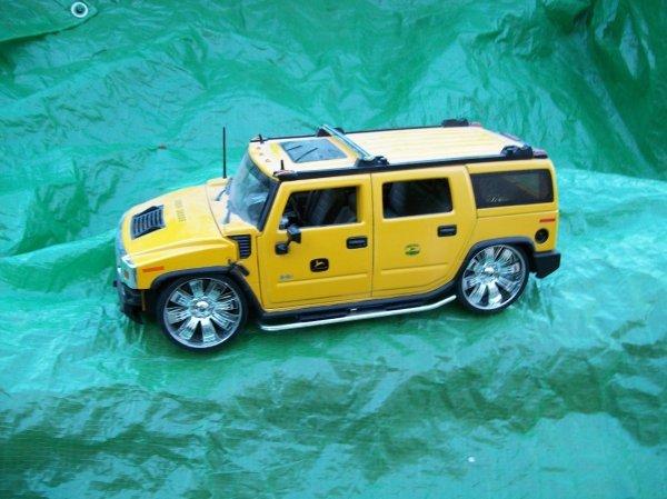 8: John Deere Hummer Toy Truck