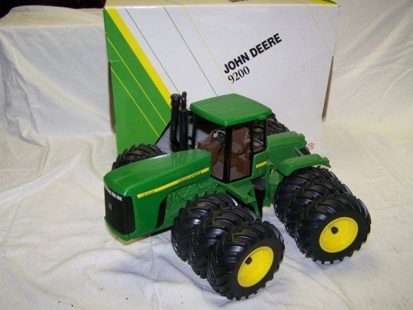 337: Ertl John Deere 9200 Toy Farm Tractor