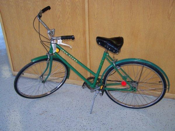 276: John Deere 3 Speed Girls Bike