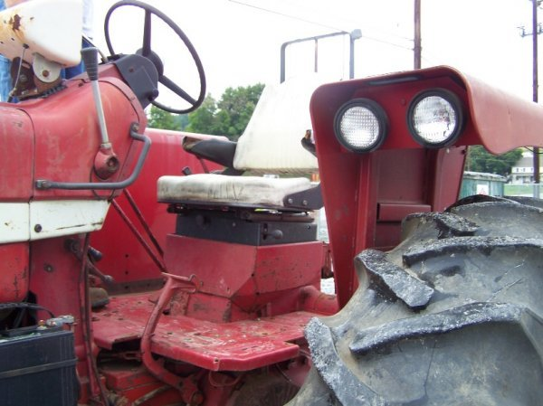2214: International 1256 4x4 Farm Tractor Original - 8