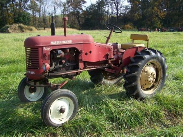 2236: Massey Harris Pacer Antique Tractor Original