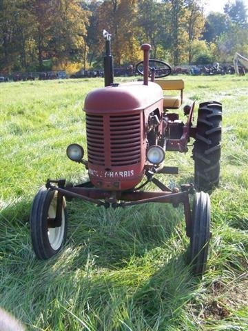 2236: Massey Harris Pacer Antique Tractor Original - 2