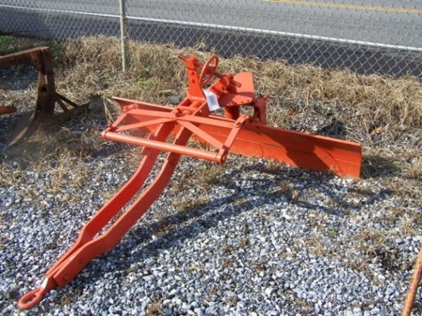 2062: Allis Chalmers 6' Snap Coupler Blade for Tractor - 2