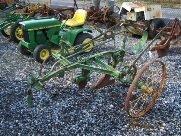 2063: John Deere 1 Bottom Antique Horse Drawn Plow