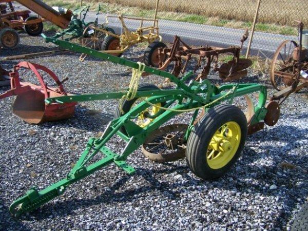 2067: John Deere Antique 2x Pull Type Plow for Tractors