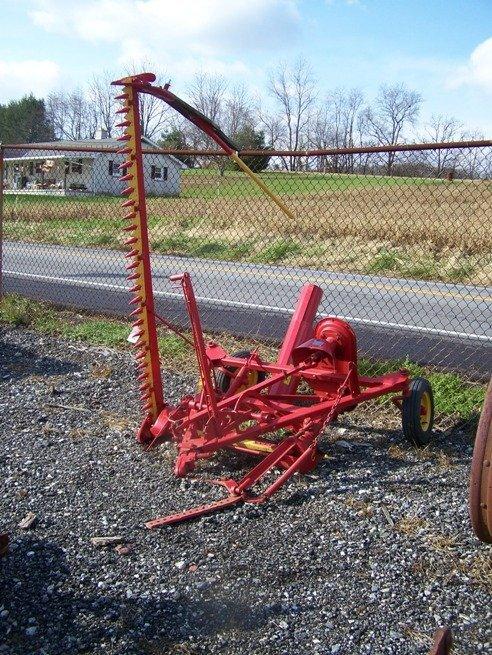 2087: Massey Harris 7' Sickle Bar Mower for Tractors