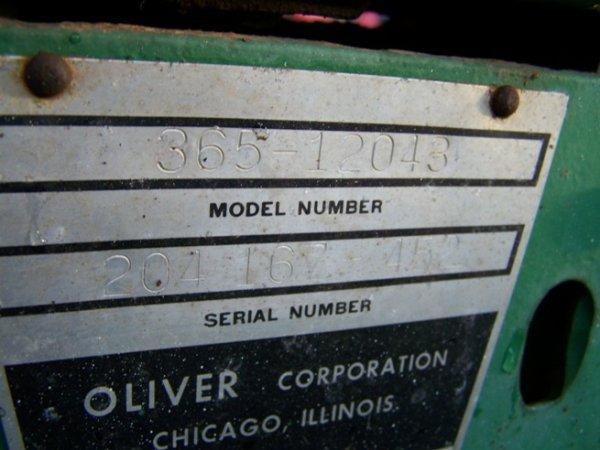 2319: Oliver 1650 Diesel Antique Farm Tractor - 9