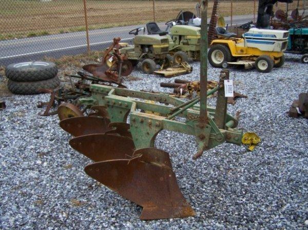 2054: John Deere 3x 3pt Plow for Tractors