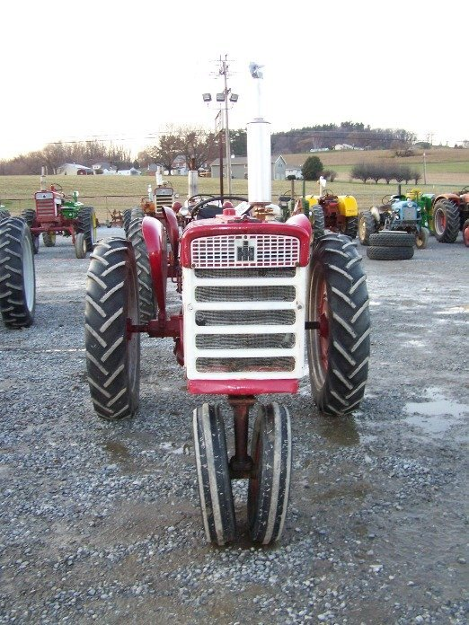 2303A: International Farmall 240 Narrow Front Tractor - 2