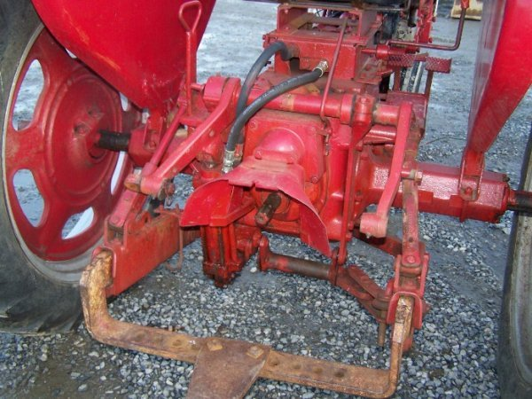 2303A: International Farmall 240 Narrow Front Tractor - 5