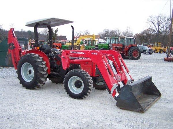 4175: Massey Ferguson 461 Tractor with Loader Backhoe - 3