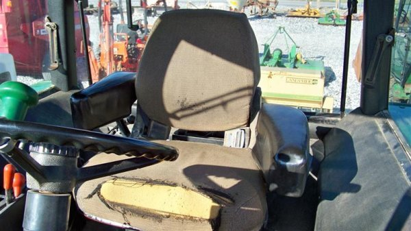 4260: John Deere 2955 Farm Tractor with Cab, - 7
