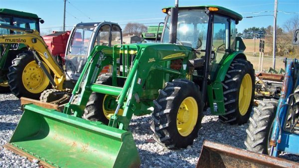 4262: John Deere 6603 4x4 Tractor with Cab and Loader,  - 2