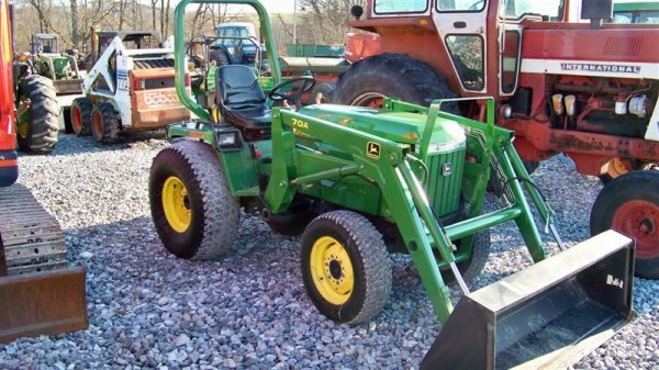 4344: John Deere 955 4x4 Compact Tractor with Loader