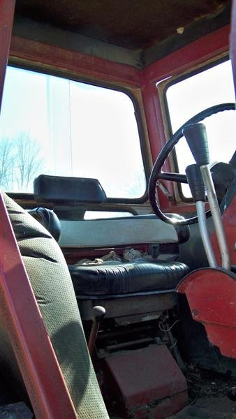 4345: International 1066 with Year Round Cab, Duals - 9