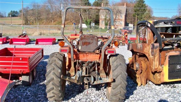 4116: Kubota L2550 4x4 Compact Tractor with Loader - 4