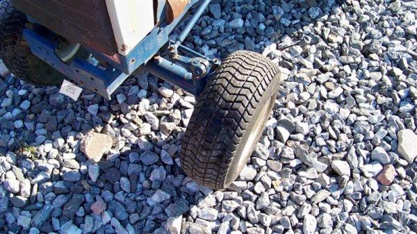 4123: Mitsubishi MT372 Compact Tractor - 10