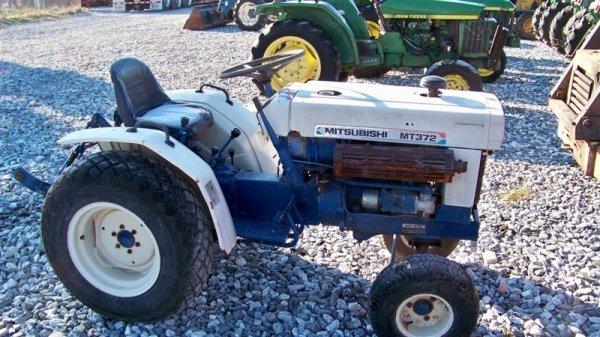 4123: Mitsubishi MT372 Compact Tractor - 2