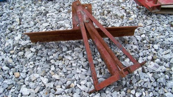 4011: 4' 3pt Hitch Blade for Compact Tractors