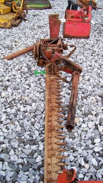 4030: International Belly Mount Sickle Mower -Tractors - 4