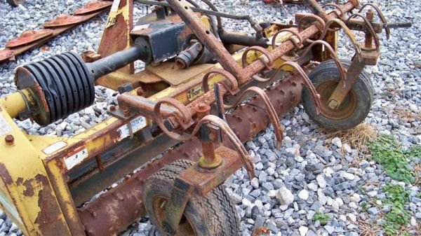 4064: Harley T6 6' 3pt Power Rake for Tractors - 5