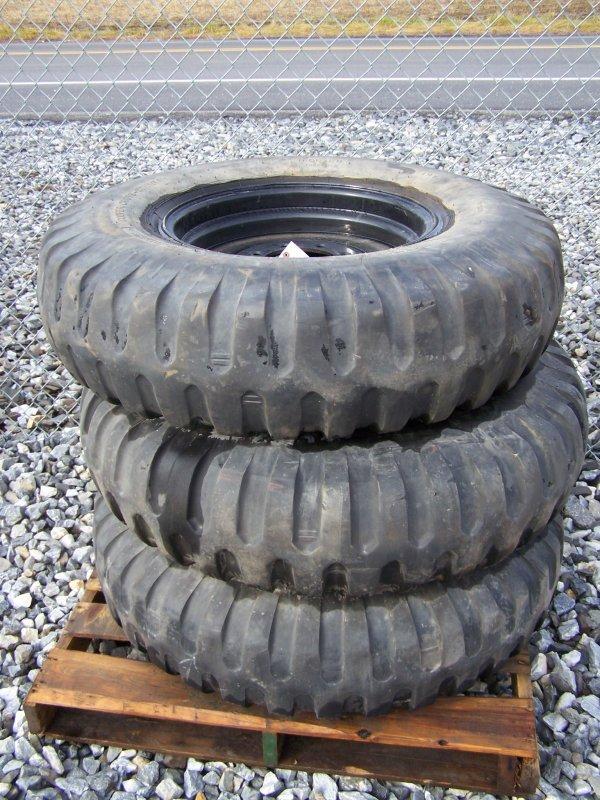 1: 3 Cooper Cross Country Military Tires