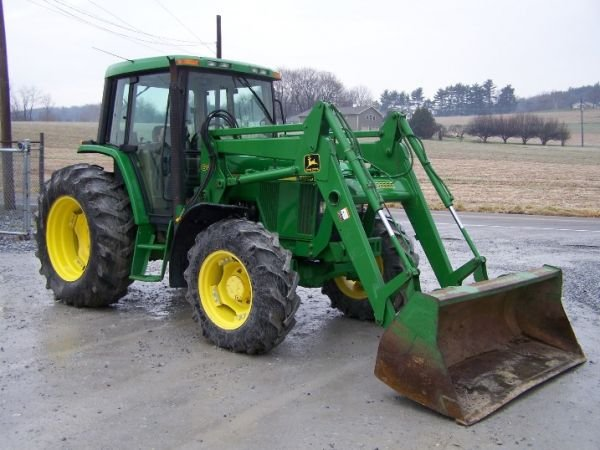 190: John Deere 6410 4x4 Farm Tractor Cab and Loader