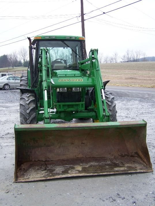 190: John Deere 6410 4x4 Farm Tractor Cab and Loader - 2