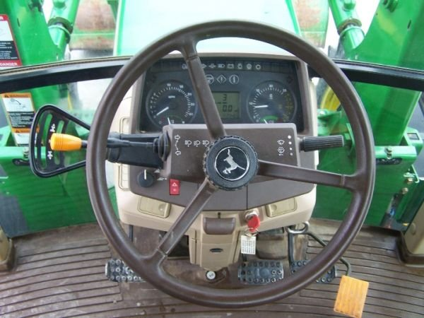 190: John Deere 6410 4x4 Farm Tractor Cab and Loader - 9