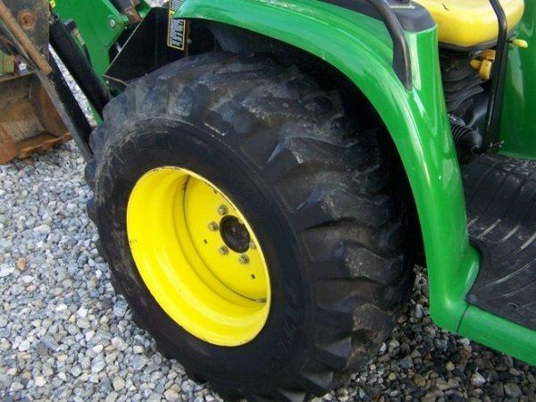240: John Deere 4310 4x4 Compact Tractor Loader Backhoe - 10