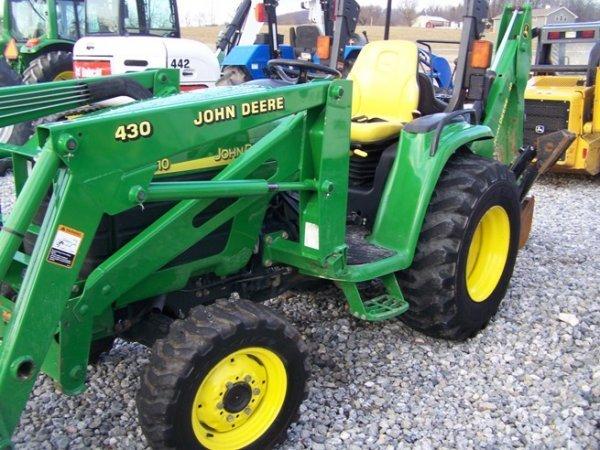 240: John Deere 4310 4x4 Compact Tractor Loader Backhoe - 9