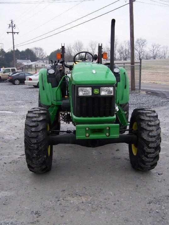 249: John Deere 5325 4x4 Platform Tractor, Loader Valve - 2