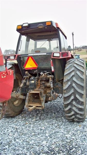 320: Case IH 5130 4x4 Farm Tractor with Cab and Loader - 4