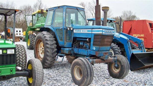 312A: Ford 9700 Farm Tractor with Cab,  Dual Power