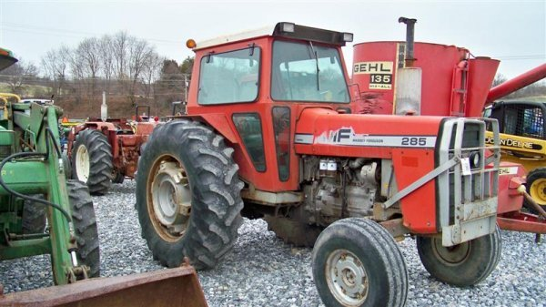 383: Massey Ferguson 285 Diesel Farm Tractor with Cab