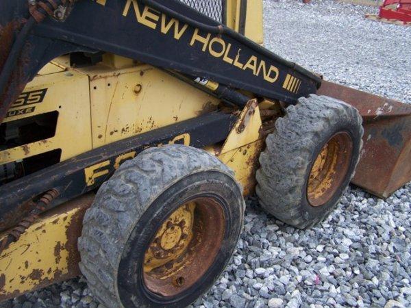 147: New Holland L555 Skid Steer Loader with OROPS - 6