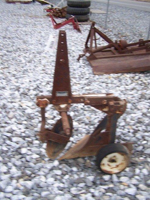 10: International 3pt 1 Bottom Plow for Tractors