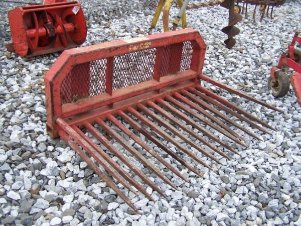 28: 5' Stone forks for Tractor Loaders