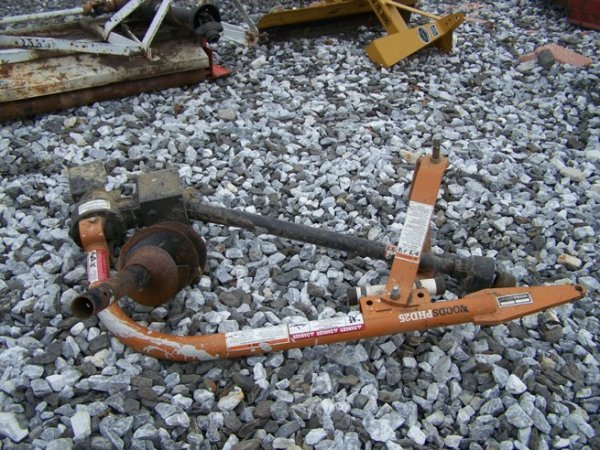 """49: Woods 3pt Post Hole Digger for Tractors w/ 9"""" Auger"""