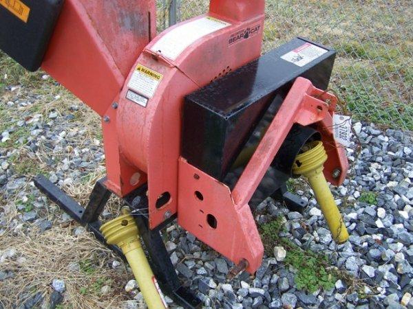 95: Bearcat model 73454 3pt Wood Chipper for Tractors - 5