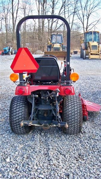 453: Massey Ferguson GC2300 4x4 Tractor with Loader - 4