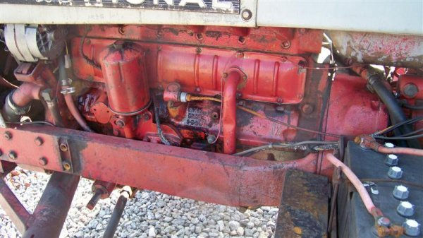 454: International 656 Diesel Farm Tractor with Laurin  - 8