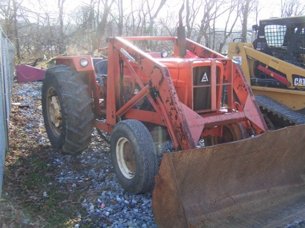 574: Allis Chalmers 5050 Tractor with Loader - 3