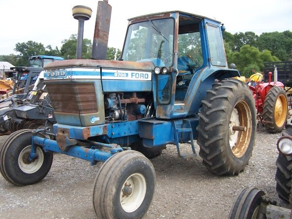 7: Ford 8700  Tractor Cab and Air