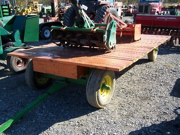 3: FLAT WAGON ON JOHN DEERE ANTIQUE GEAR FOR TRACTOR