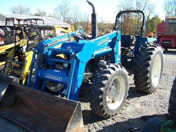 22: NEW HOLLAND 4630 TRACTOR 4X4 W/ LOADER NICE