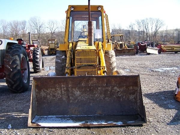 140: NICE FORD 550 TRACTOR LOADER BACKHOE - 2