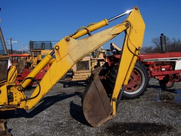 140: NICE FORD 550 TRACTOR LOADER BACKHOE - 7
