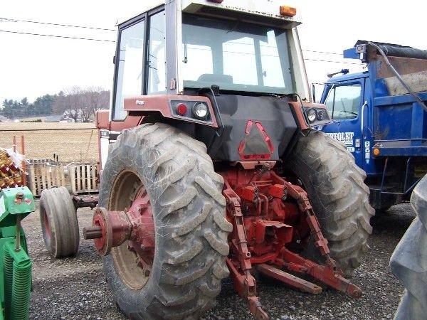 14: International 1586 Tractor w/ Cab & Air ABSOLUTE SA - 6